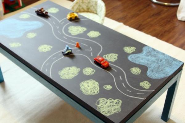 am santer tisch zum spielen tolle ideen f r das kinderzimmer. Black Bedroom Furniture Sets. Home Design Ideas