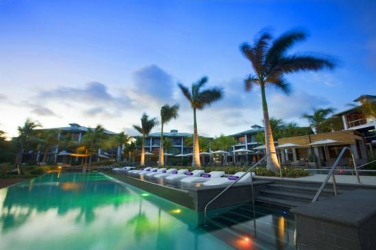 vieques insel spa hotel pool liege palmen entspannung