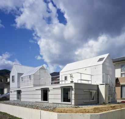 wei es transparentes haus in yamasaki von tato architects. Black Bedroom Furniture Sets. Home Design Ideas