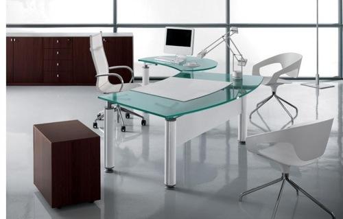 Extravaganter schreibtisch aus durchsichtigem glas for Schreibtisch glas