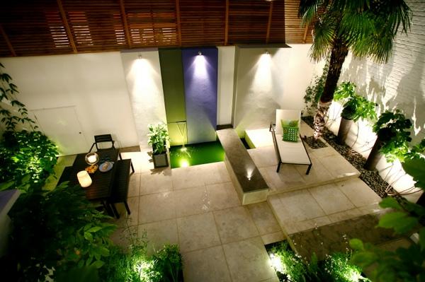 balkon beleuchtung indirekt weich gelb grün blau Garten Lampen Leuchten