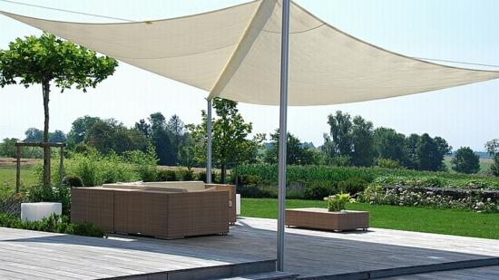 balkon gestalten genie en sie die sommertage im schatten. Black Bedroom Furniture Sets. Home Design Ideas