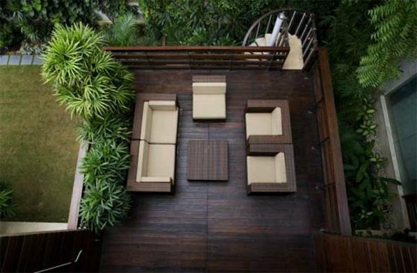 balkon möbel idee holz bodenbelag design