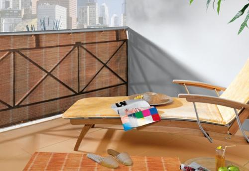 balkon sichtschutz liege privatsphäre sonnenschutz fliesen