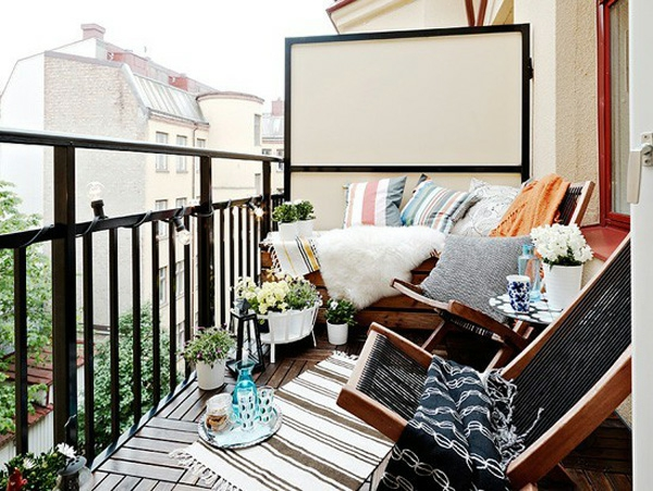77 praktische balkon designs coole ideen den balkon for Apartment balcony floor covering