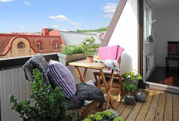 rosa lila textur balkon design ideen kaffeetisch herrlich