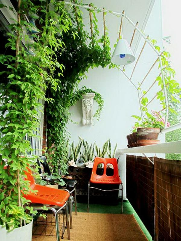bequeme balkon designs ideen orange plastisch stuhl