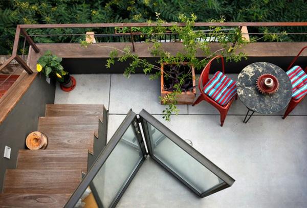 projekt balkon design schiebetüren treppe