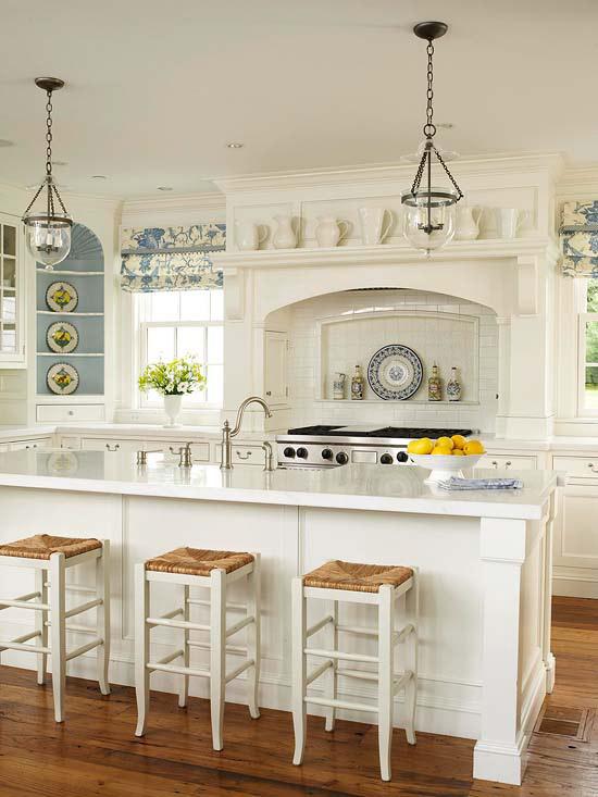 coole deko in weiß küche kücheninsel blumen