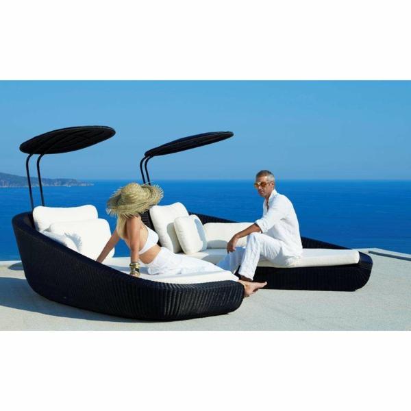 schöne idee Sofa und Relax Liege im Garten schwarz