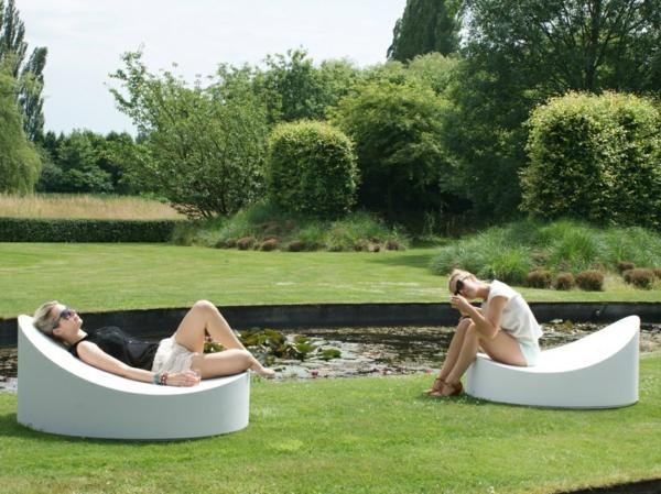 coole idee Sofa und Relax Liege im Garten  weiß stuhl