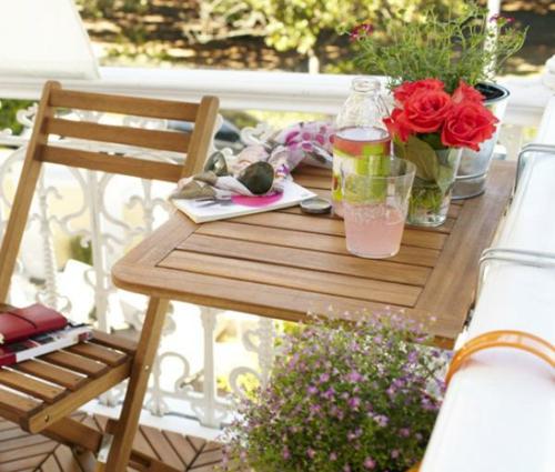 coole terrasse balkonmöbel ideen klapptisch klappstühle