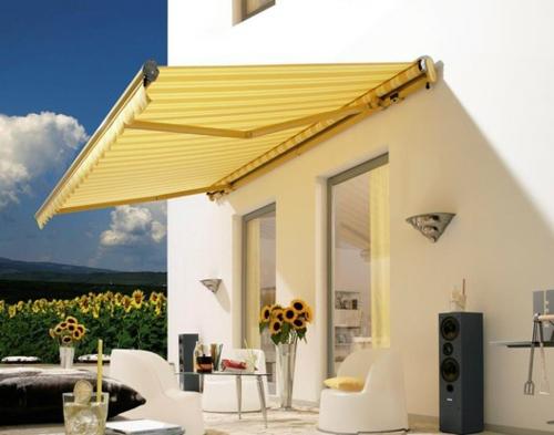 coole terrasse balkonmöbel ideen markise schatten