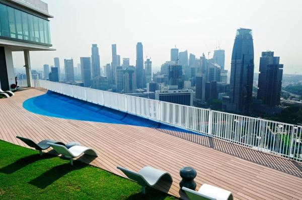 designer gartenmöbel ideen eingebaut pool dach liegen