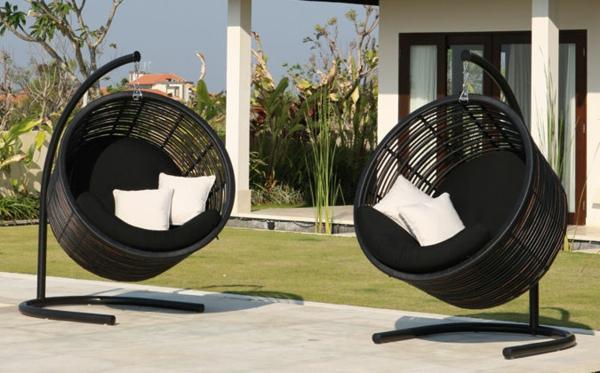 designer trendige relax liegen im garten ideen rattan liegen schwarz hängen