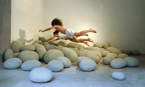 designer sitzkissen steine natur inspiration schurwolle kinderspiel