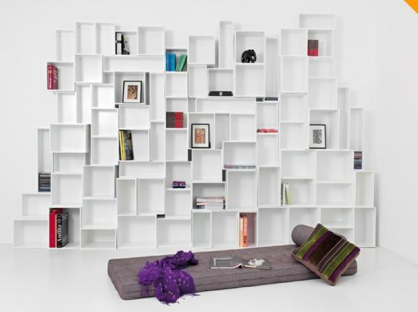 Bücherregal weiß wand  Bücherregal Weiß Wand | grafffit.com