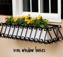 Blumenkasten Auf Der Fensterbank Draussen Sichere Und Schone Blumendeko