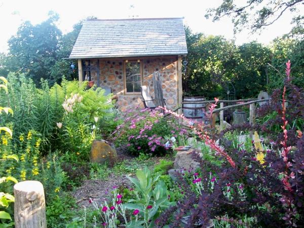gartenhaus idee design originell schön Gartenhäuser aus Holz