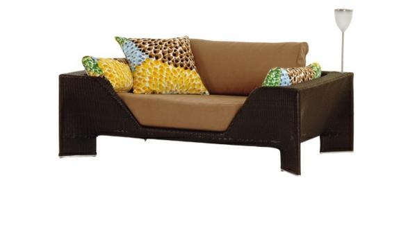 gartenmöbel design auflagen braun wurfkissen niedrig