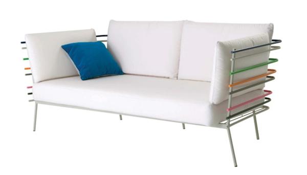 gartenmöbel design weiß leder gepolstert sofa blau kissen