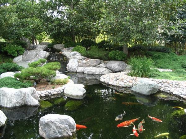 Schönen Gartenteich anlegen wassergarten gestalten japanisch