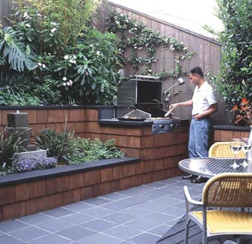 tipps f r gro e landschaft auf kleiner garten fl che. Black Bedroom Furniture Sets. Home Design Ideas