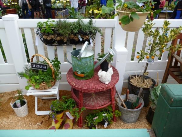 hängenden garten auf balkon gestalten kleingarten coole idee
