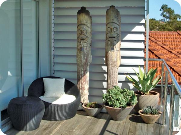 hängenden garten auf balkon gestalten kleingarten gartenmöbel rattan