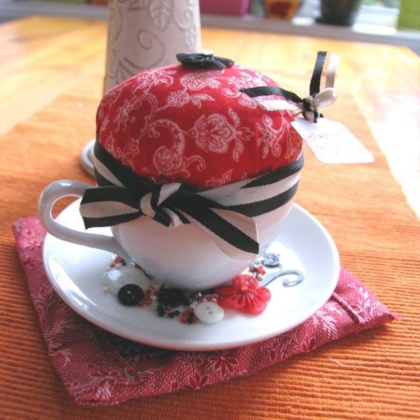 kreative deko ideen zum muttertag rot kissen
