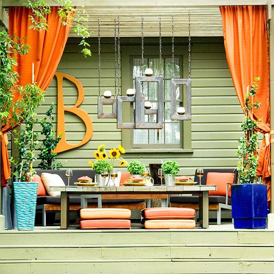 landschaft ideen vorhänge orange sitzkissen auflagen