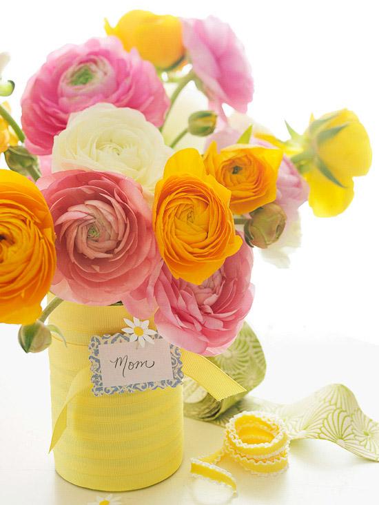 leichte blumen deko ideen zum muttertag rosa gelb