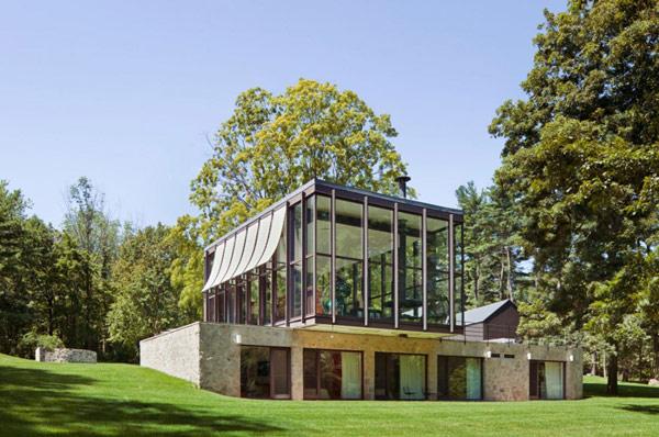 Altes Vermögen Aus Der Mitte Des Jahrhunderts Umgewandelt In Eine Moderne  Residenz ...