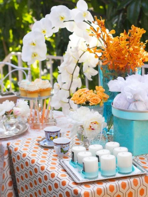 muttertag deko ideen tisch festlich kaffee frische blüten