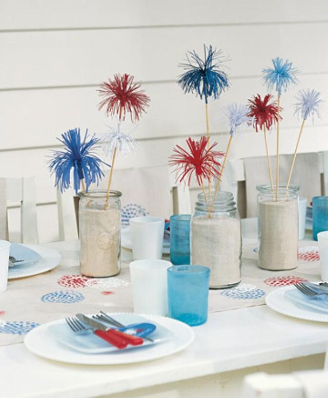 Tischdekoration Zum Muttertag ? Bunte Muster Und Blumen Als ... Tischdekoration Gestalten Im Farmstil