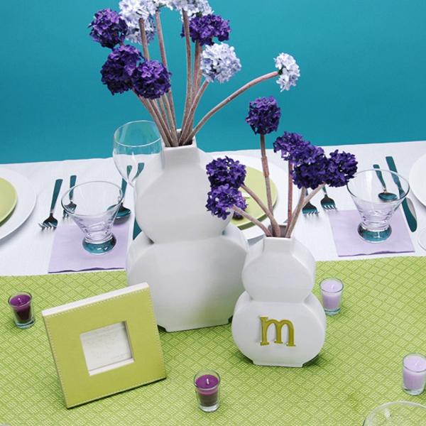 muttertag tisch deko ideen lavendel frisch lila vasen mutter