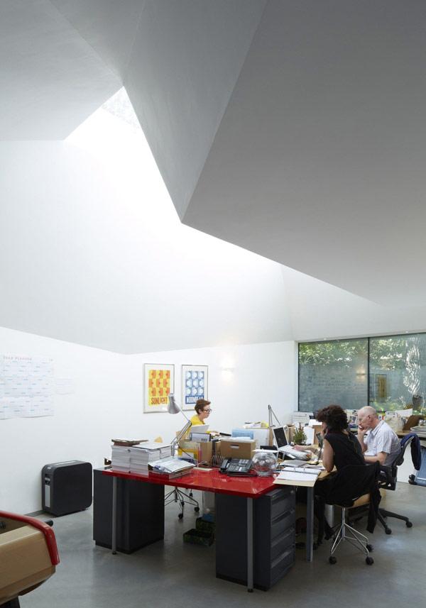 naubau lens house london büro schreibtisch