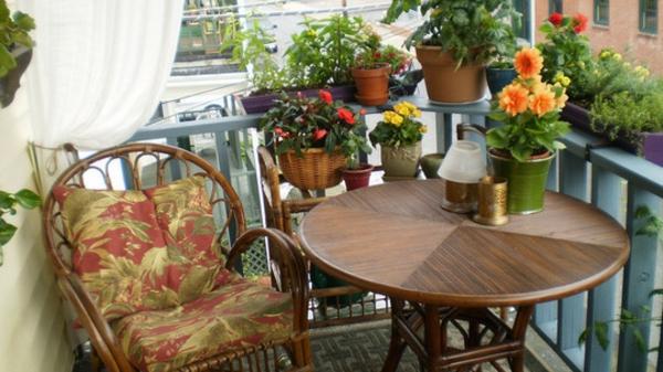 25 Coole praktische Balkon Ideen - Oase auf dem Balkon