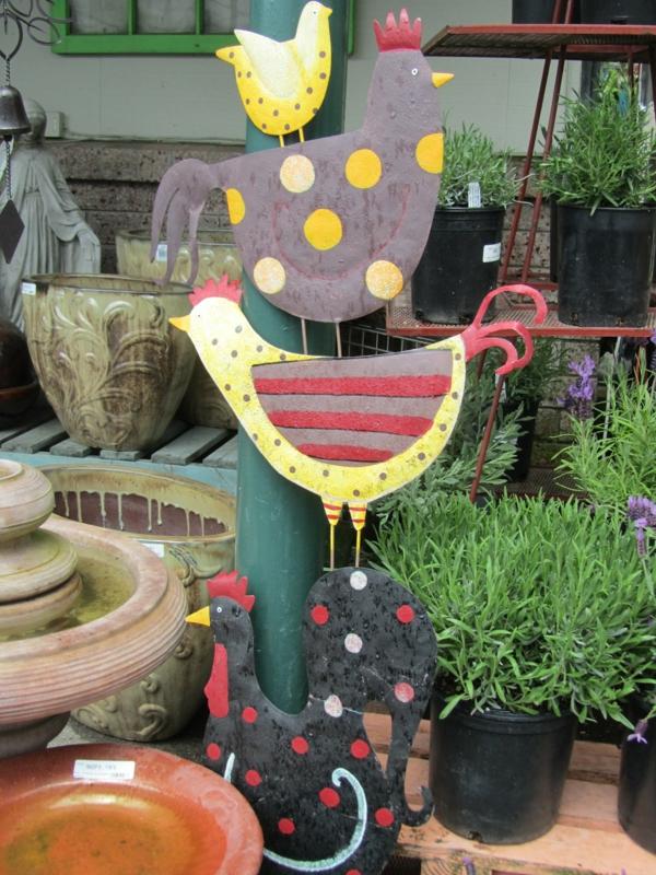 coole pflanzen und gartenkunst  ideen baum huhn