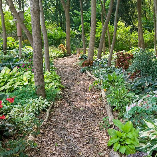 Fr hlingsideen daf r wie man einen schatten garten Types of pathways in landscaping