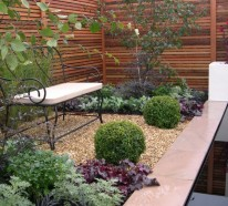 Holzzaun oder Sichtschutz aus Holz im Garten bauen