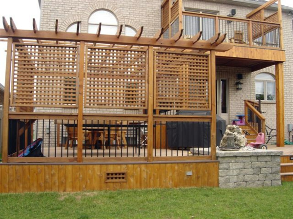 Sichtschutz Holz Im Garten Idee