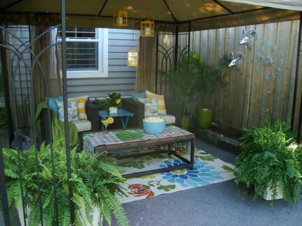 Sommer Design Deko Ideen weiß leder garten hinterhof