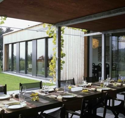 Sommer Gestaltungsideen - integrierte Innen–und Außenräume