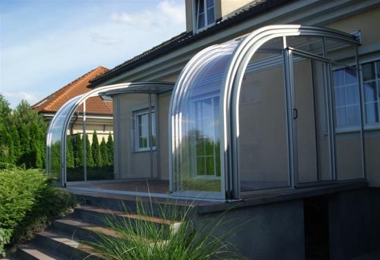 coole terrassenüberdachung veranda schutz glaskonstruktion
