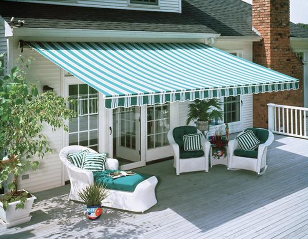 terrassenüberdachung ideen hochmodern garten design markise blau