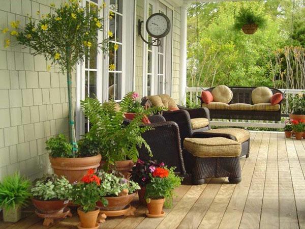 veranda design ideen holz tisch samt rattan