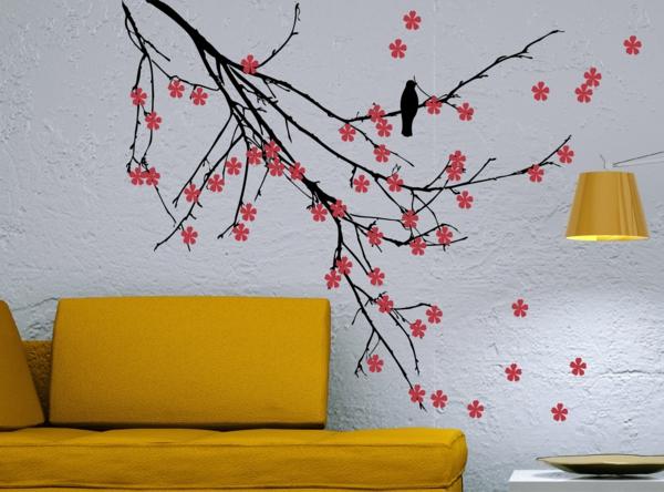 wände streichen ideen wohnzimmer gelb frisch sofa muster
