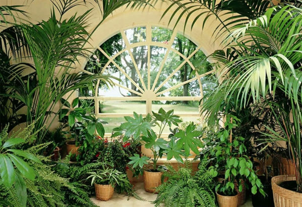 wintergarten balkon sitzecke holz möbel glas
