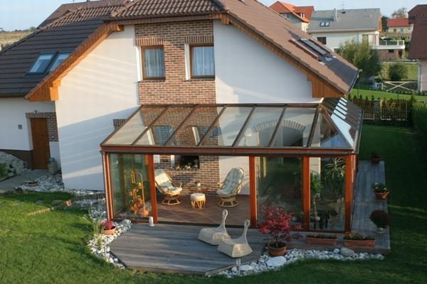 Modernes und elegantes haus design wintergarten bietet ruhige und